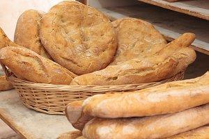 Aartisanal bread