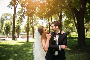 Wedding couple in the park