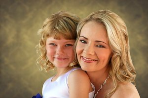 Photo Blond Mother and Daughter