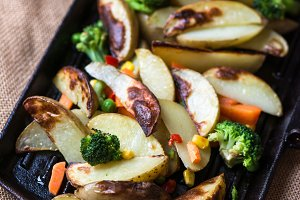 Potato Wedges on Iron Cast Pan