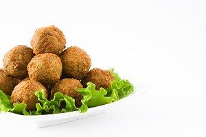 Vegetarian falafels and lettuce