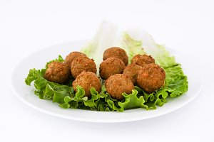 Vegetarian falafels and lettuce