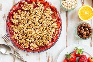 Rhubarb and Strawberry crumble