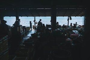 Silhouette Market