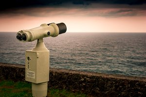 Binoculars, watching the horizon II