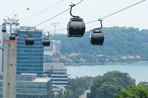 cable car in singapore.