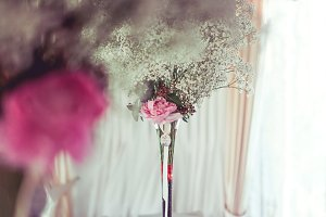 Modern Bouquet Wedding on Table