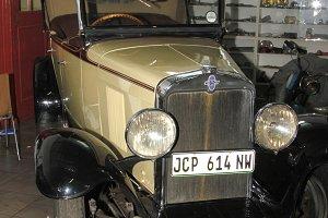 Beige 1929 Chevrolet Phantom