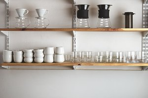 Alternative brewing in coffee shop