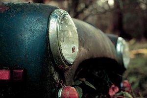 Rusty car - headlights