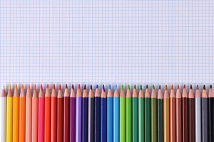Colored pencils lined up palette