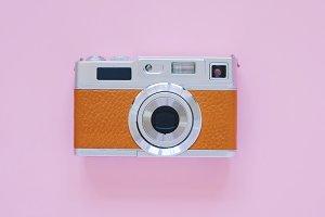 Vintage camera look on pink