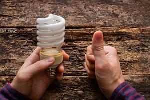 electric saving light bulb