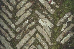 Chevron pattern in concrete
