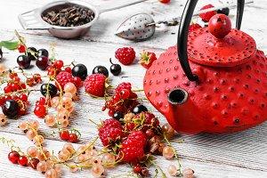 Summer tea tea with berries