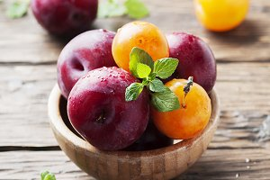 Fresh sweet plums