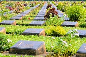 Kanchanaburi War Cemetery (Don Rak)