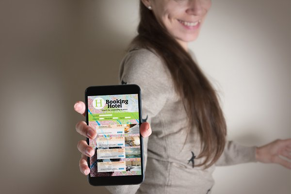 Smartphone with online hotel bookin…