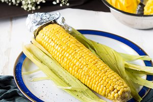 Boiled corn cob for snack