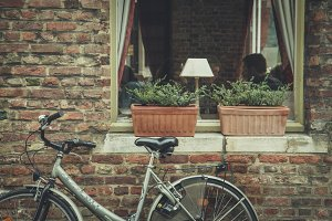 Bicycle at the Coffee Shop