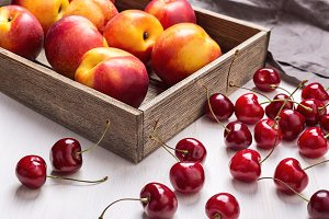 Red cherries and nectarines.