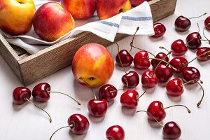Large nectarines and cherries.