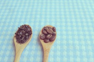 Tea leaf, roasted coffee beans