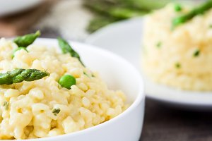 Risotto with asparagus and peas