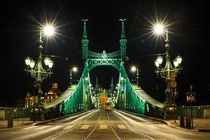 Night view of Liberty Bridge