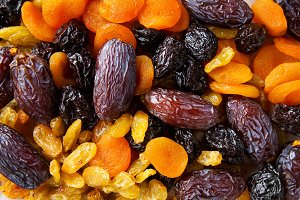 dried fruit for breakfast