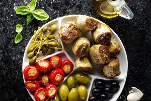 starter of green olives
