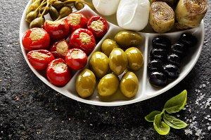 green olives, black olives, capers,