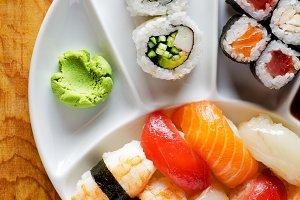 varieties of sushi