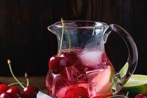 Cherry and lime lemonade