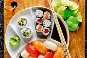 sushi menu . Sushi Set