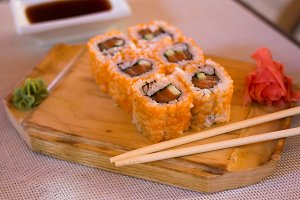 rolls with salmon