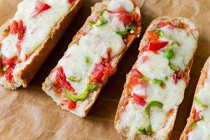 Baguette pizza sandwiches