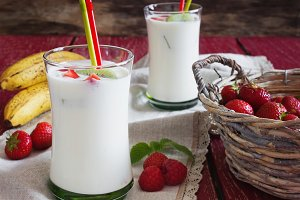 Homemade organic yogurt