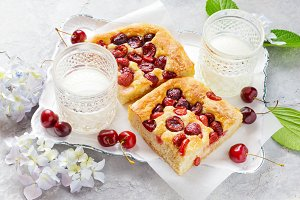 Italian Cherry summer Pie
