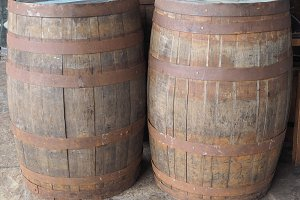 Barrel cask for wine or beer