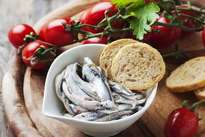 Italian anchovy with tomato