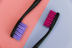 colored toothbrushes