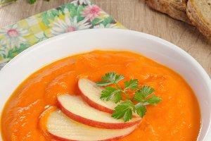 Pumpkin - apple soup puree