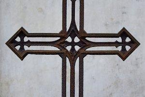 Rusty Vintage Cross