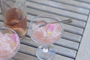 Rose wine slushie XS