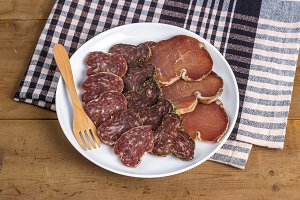 Assorted cold cuts (2)