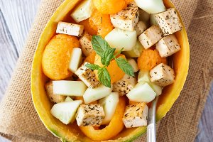 Salad with melon, tofu and cucumber
