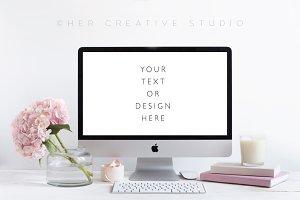 Styled Desktop Mockup, pink & White