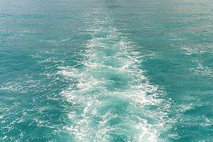 wave of a passenger ship