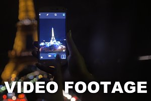 Night shot of illuminated Eiffel